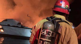 캘리포니아 선박화재로 34명 사망