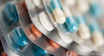 """""""2살 이전 항생제, 아동기 질환 위험 높인다"""""""