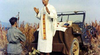 '한국전의 예수' 카폰 신부, 70년 만에 장례식